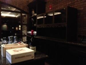 ワインテースティングの部屋です。特別な試飲設備も