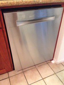 ハワイでDYI : 新しいボッシュの食洗機設置完了!
