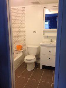 ハワイでリフォーム:バスルームはほぼ完成ですw。やっと!