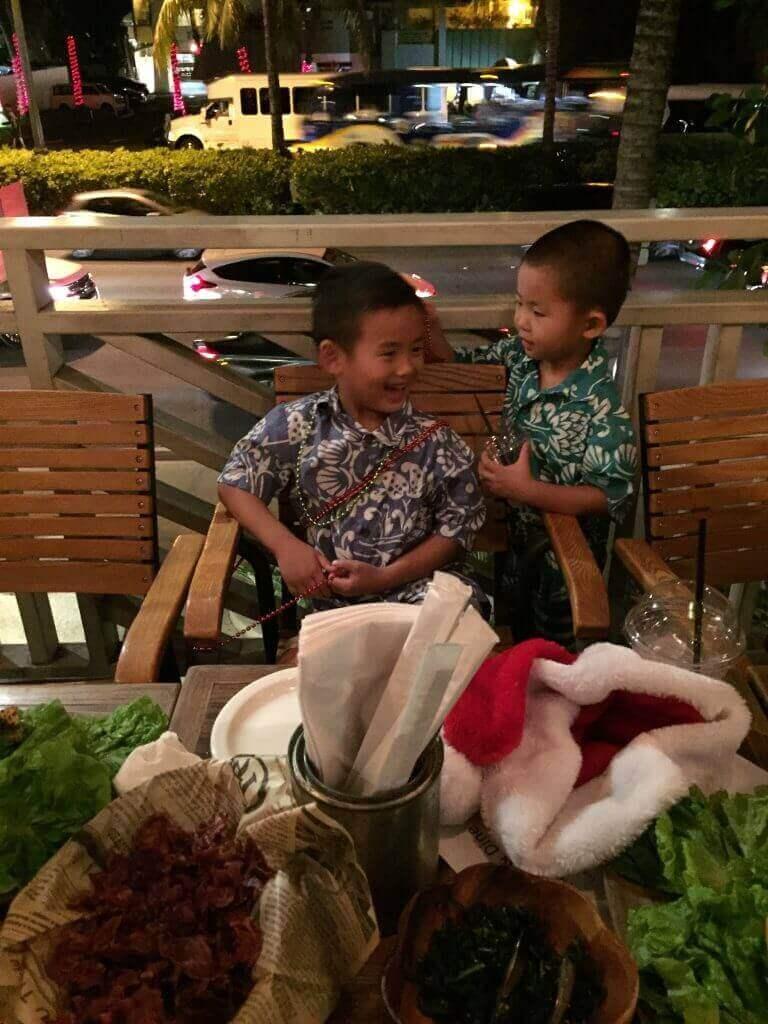 ハワイで大家:サチハワイクリスマスパーティ2014@Goofy Cafe ジュースがぶ飲みでトイレ何往復したか。。
