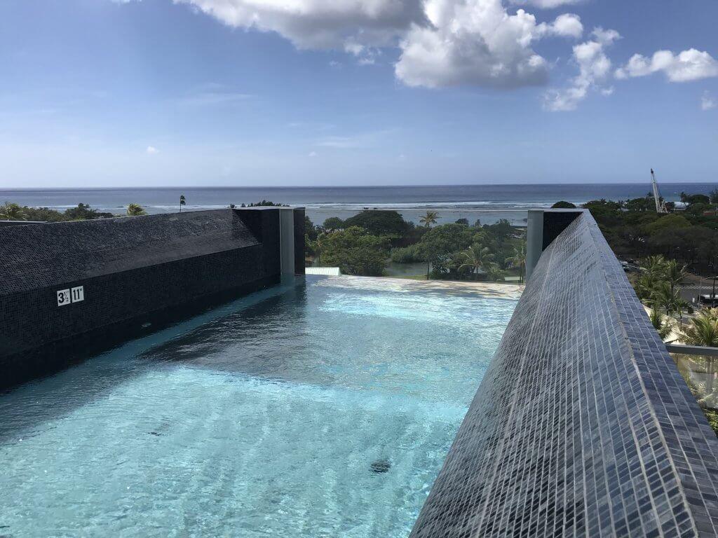 ハワイで大家:アナハのプール1