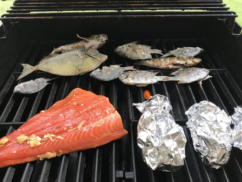 ハワイで大家:釣った魚をグリル