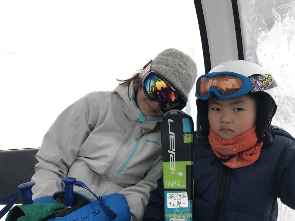 ハワイで大家:ニセコ・スキー2018 次男と妻